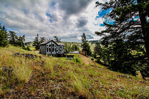 Custom Built Knutsford Home with Amazing Views of Trapp Lake