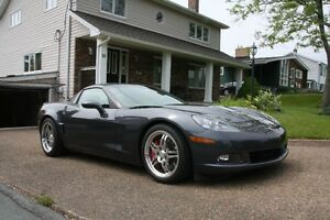 2010 Chevrolet Corvette 1LT Coupe (2 door)