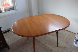 Maple Dining Table w/Leaf
