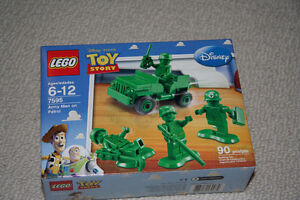 Lego Toy Story - Army Men on Patrol - Mint condition