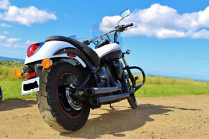 2013 Kawasaki Vulcan 900 - Very Low kms and Extras!