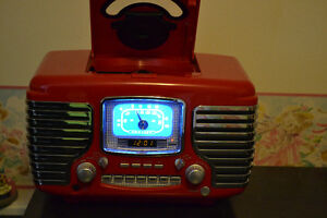 New To Look Old 1950's Radio