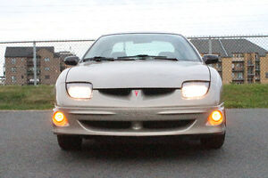 2000 Pontiac Sunfire SE Sedan