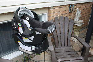 baby car seat Peterborough Peterborough Area image 2