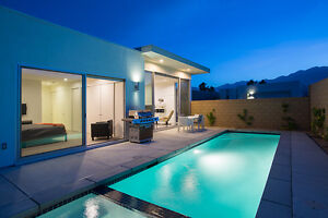 LUXURY PALM SPRINGS HOUSE - APRIL / MAY SPECIALS!