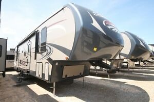WOW!  BRAND NEW 2016 SANDPIPER 357TRIP FIFTH WHEEL BUNKS