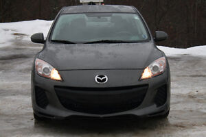 2013 Mazda Mazda3 GX Sedan LOW KMS ONLY 103 000KMS