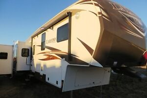 2014 LAREDO 329RE - Fifth Wheel Rear Entertainment Regina Regina Area image 2