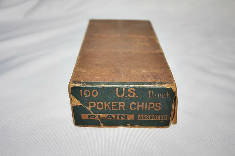 """Box of Vintage US 1 1/2"""" Palin Clay Poker Chips Total of 70+ White-Red-Blue"""