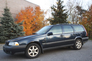 1998 Volvo V70 Cross Country - For sale, as is