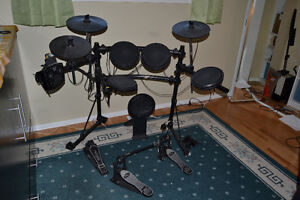 electronic buy or sell drums percussion in winnipeg kijiji classifieds. Black Bedroom Furniture Sets. Home Design Ideas