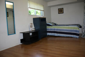 268Rankin-Female student only.Nice rooms for rent, 350 all inclu