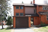 Beautiful, fully renovated end-unit Beechwood townhome