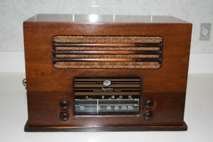 Antique Sparton Radio model 6148