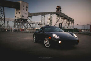 2006 Porsche Cayman S - Low Kms / Manual / Sport Chrono / More