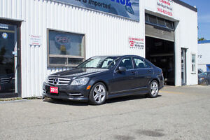 2011 MERCEDES C300 4 MATIC W/ NAVI ACC FREE ONE OWNER $17499!!!