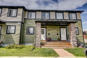 IMMACULATE & IMPECCABLE TOWNHOUSE!! Sagewood, Airdrie