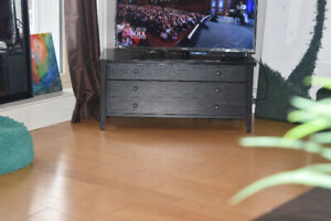 Jet-Black TV-Stand with drawers