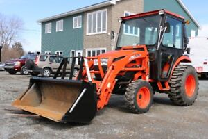 Kioti CK30 Hydrostatic Tractor w/ Loader and Forks - 595 hrs