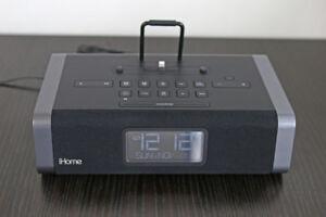Reveil-matin iHome clock/radio/alarm/speaker (Lightning cable)