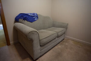 Sofa and pull-out bed - twin bed (?)
