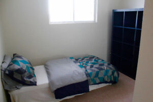 Small room for rent available October 1