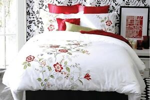 Brinkley Embroidered 3 Pcs Duvet Cover Shams 100% Cotton 220 Thr
