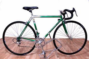 Recherché : Vélo de Course Recherché *Récompense Imbattable* West Island Greater Montréal image 9