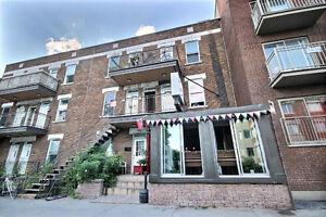 5 Plex - Résidentiel et Commercial - Avec permis de bar
