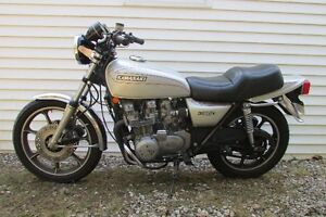 1977 Kz 650 Custom Kawasaki - RARE COLLECTOR'S MODEL !