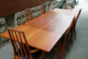 HANS WEGNER TEAK DINING TABLE (Danish Mid Century Modern)