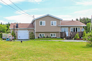 Awesome home in Pouch Cove on 1/2 acre!!! 249,900.00!!!