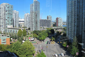 Best location in Yaletown! 3Br+2bath 1390sf unit for Rent!