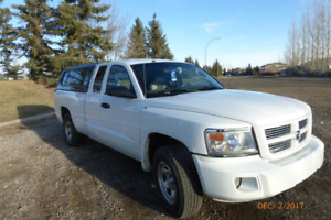 2008 Dodge Dakota ST Pickup Truck