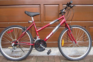 vélo rouge, Supercycle