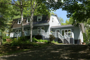 Executive Home for rent in Parry Sound