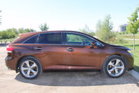 2010 Toyota Venza V6 AWD with Touring package SUV, Crossover