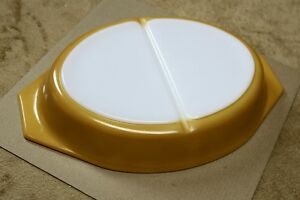 Pyrex ButterflyGold Divided Oval Casserole Lid 1.5qt Collectable Kingston Kingston Area image 5