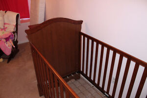 Crib and dresser - Made in Canada Cambridge Kitchener Area image 3