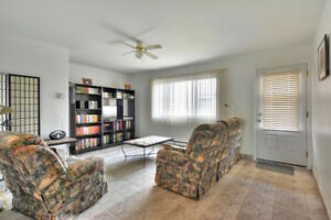 3 bedroom, 2 balconies and parking Lachine