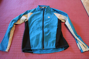 Pearl Izumi winter running and/or skiing jacket
