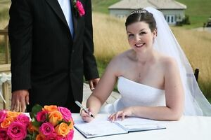 LICENSED WEDDING OFFICIANT AND CERTIFIED WEDDING CELEBRANT Peterborough Peterborough Area image 10