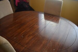 9 Piece dining table set
