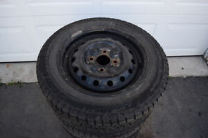 Nissan Versa 185/65/15 Continental Snows On Rims 75% Tread