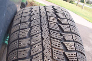 EXCELLENT - Federal P235x55Rx17 Winter Directional tires