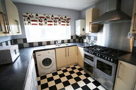 3 bedroom flat in Woodcock Close, Colchester, Essex, CO4
