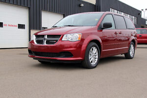 2015 Dodge Grand Caravan SXT PLUS / DVD'S
