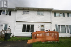OPEN HOUSE 532 Michael Cres Saturday Feb 16th 1:00 to 2:30