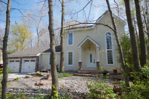 Pinetree Place: Lovely Huron Woods by Rent Huron