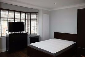 Luxury self-contained Studio Flat Inclusive off all Bills within walking distance Central Line Tube.